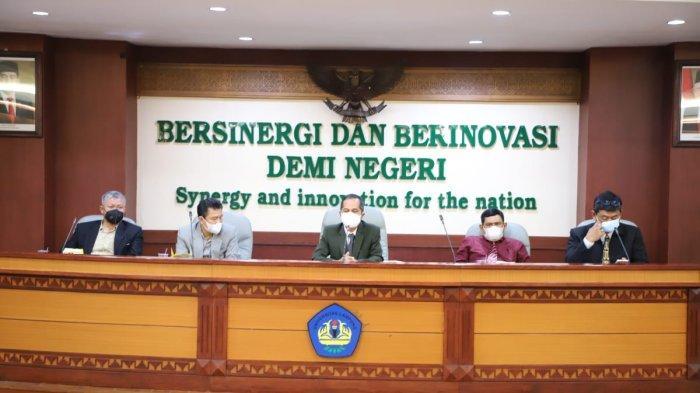 Universitas Lampung Launching Aplikasi PAK dan Fitur Unduh Remunerasi