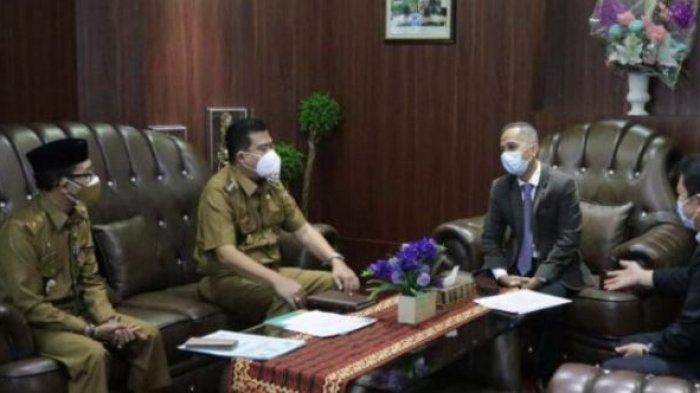 Rektor Unila Terima Audiensi Bupati Lampung Tengah