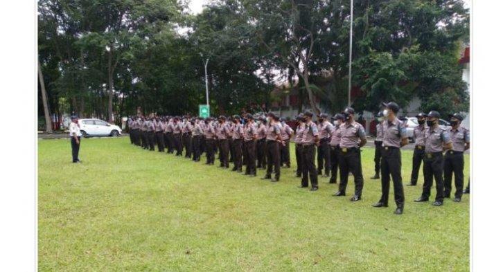 Tingkatkan Kedisiplinan, Warek BUK Universitas Lampung Beri Pengarahan Satpam