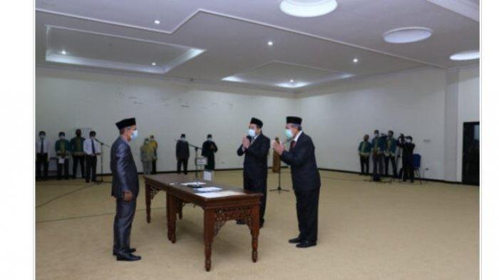 Rektor Unila Karomani Lantik Direktur Pascasarjana dan Ketua LP3M