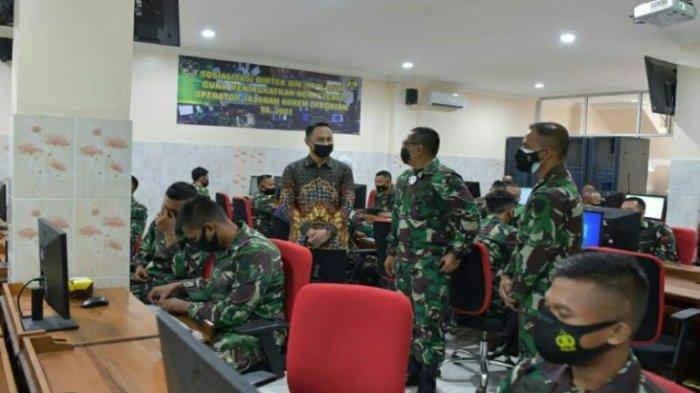 Pelatihan pengolahan laporan keuangan Korem Garuda Hitam di Universitas Teknokrat Indonesia.