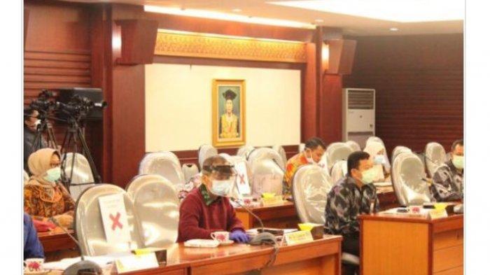 Universitas Lampung Usulkan Honoris Causa untuk Herman HN dan Margaret J Kartomi