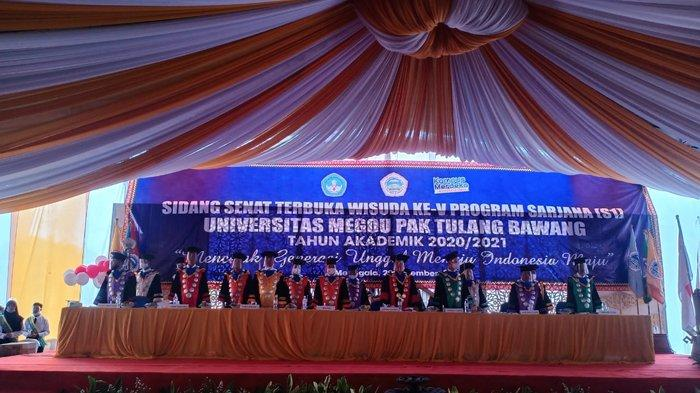Universitas Megou Pak Tulangbawang Wisuda V Program Sarjana