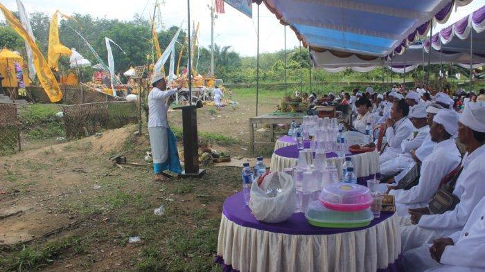 Umat Hindu di Mesuji Gelar Upacara Melasti