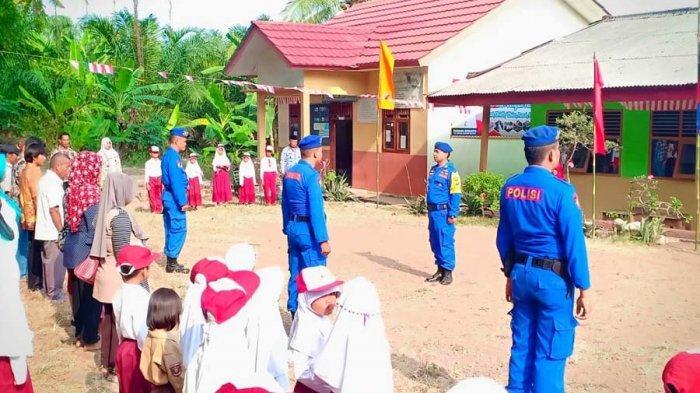 Polair Polres Lamsel Gelar Upacara HUT RI di Pulau Rimau