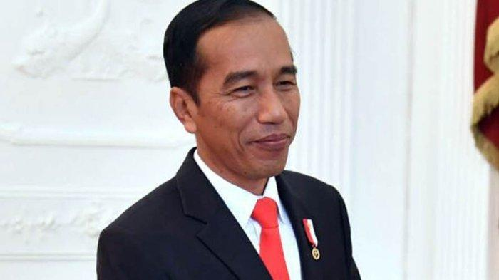 Bukan di Masjid Istiqlal, Presiden Jokowi Ternyata Salat Idul Fitri di Kampung