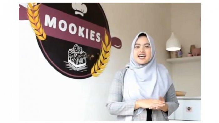 Moki Valentine Lee, A.Md, alumni Program Studi D3 Sistem Informasi Akuntansi Fakultas Teknik dan Ilmu Komputer Universitas Teknokrat Indonesia