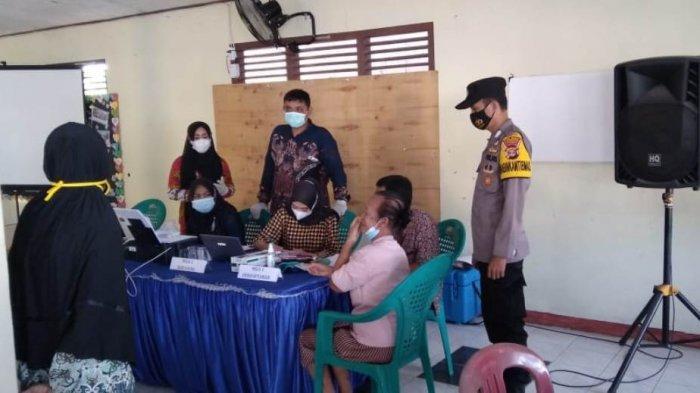Tim Mobile Polres Lakukan Vaksinasi Covid 19 Untuk Lansia