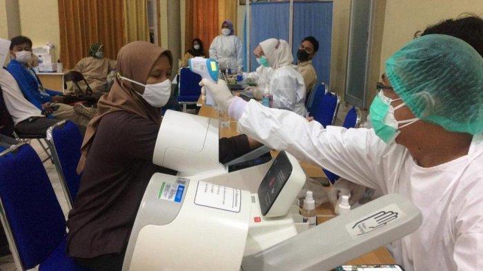 2.000 Mahasiswa Mengikuti Vaksinasi Massal di IAIN Metro Lampung