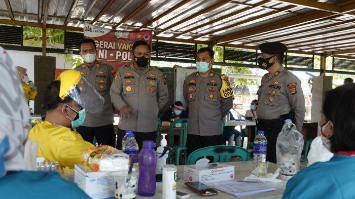 2 Pejabat Polda Lampung Tinjau Vaksinasi Covid-19 di Lampung Tengah