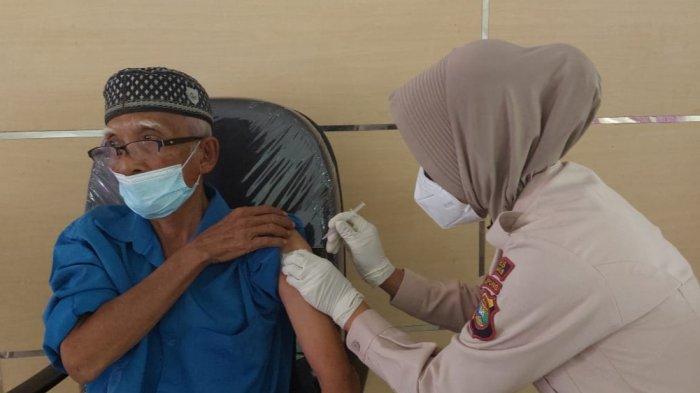 HUT Ke-75 Bhayangkara, Polres Tanggamus Gelar Vaksinasi Covid-19