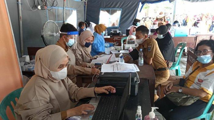 Kota Metro Vaksinasi Massal 1.350 Guru