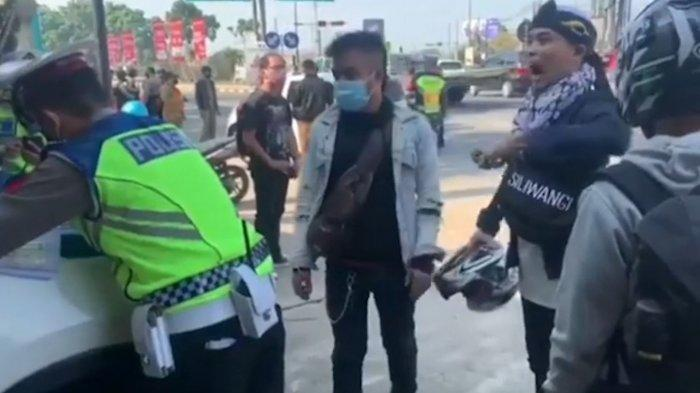 Viral Pemudik Kesurupan Saat Dipaksa Putar Balik Oleh Polisi