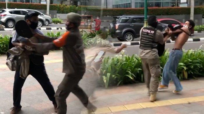Viral Satpol PP Bentak dan Rebut Skateboard Warga Secara Kasar