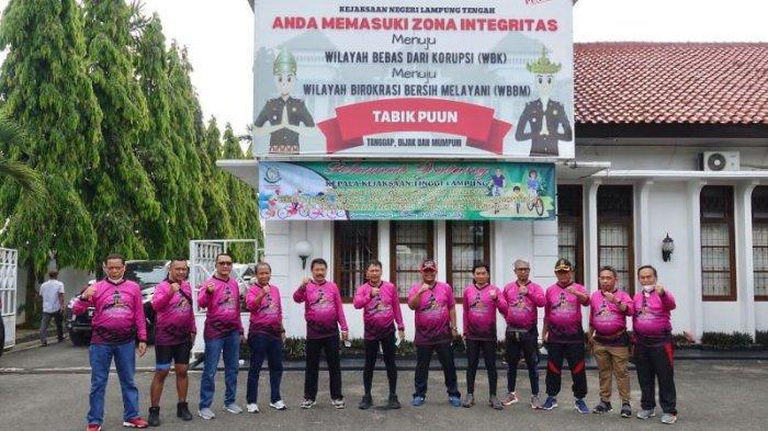 Wabup Lampung Tengah Ajak Masyarakat Rutin Berolahraga Cegah Covid-19