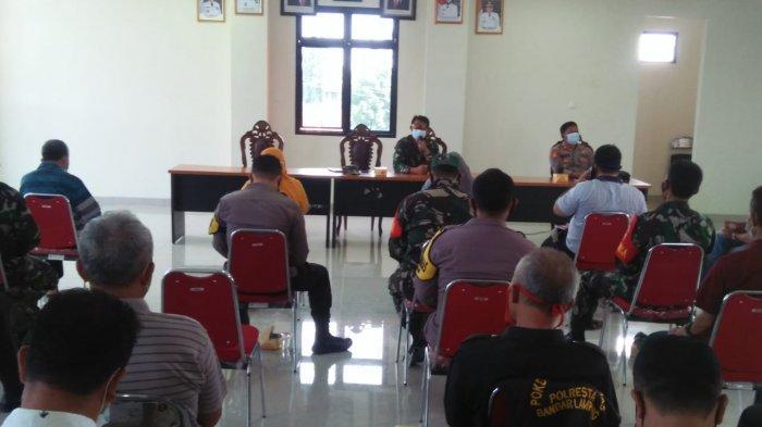 Wadanramil Kapten Cpl Made Diazmika Hadiri Pembentukan Satgas Covid 19 Kecamatan Kedamaian