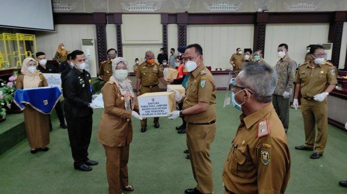 Diskop dan UKM Lampung Distribusikan 1,3 Juta Masker Kepada Pemkab/Pemkot se-Provinsi Lampung