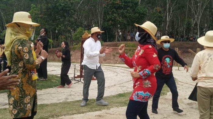 Wagub Nunik Puji Gaya Kepemimpinan Bupati Tubaba Umar Ahmad