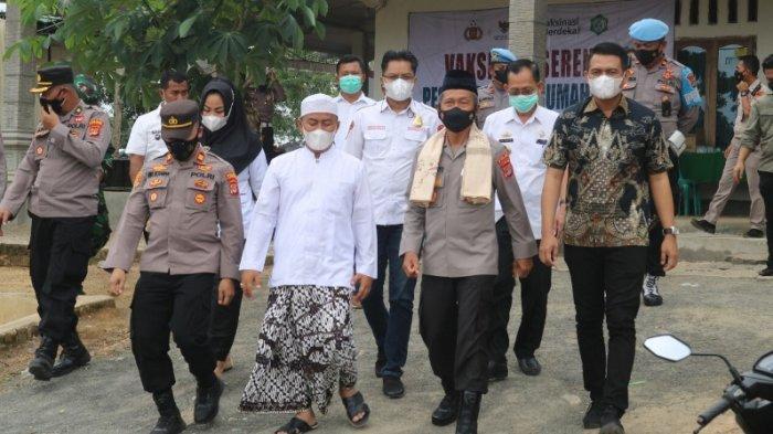 Wakapolda Lampung Pantau Vaksinasi Covid-19 di Lampung Timur