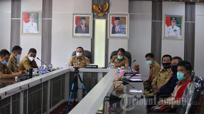 Wakil Bupati Lampung Barat Mad Hasnurin Paparkan Program Penanggulangan Kemiskinan