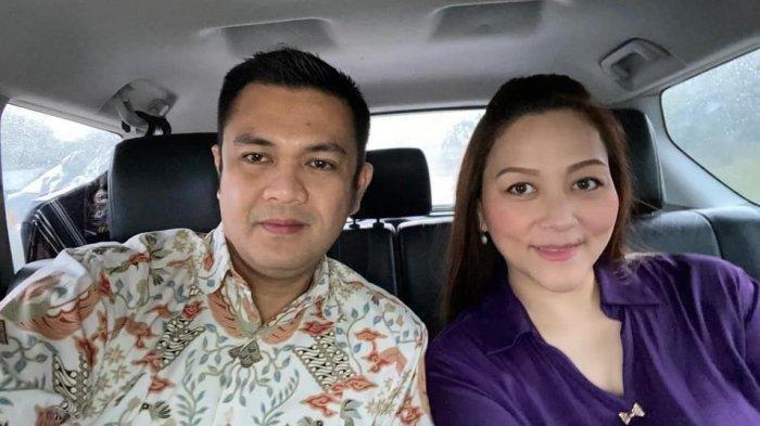 Wakil Ketua DPRD Sulut James Kojongian dan Michaela Paruntu istrinya