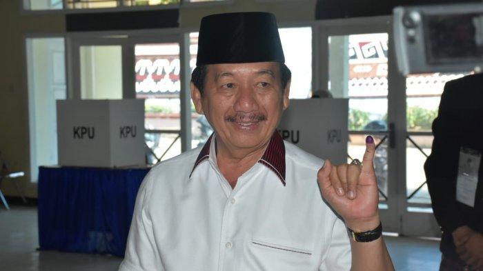 Wali Kota Bandar Lampung Herman HN Tegur Seseorang yang Diduga Curang saat Pencoblosan