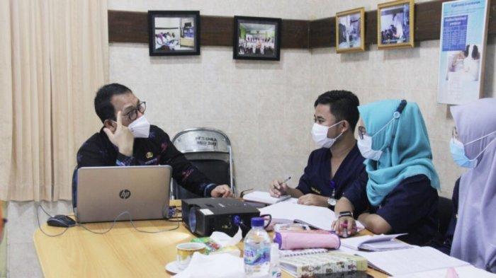 Wali Kota Wahdi Beri Bimbingan untuk Mahasiswa FK Universitas Malahayati