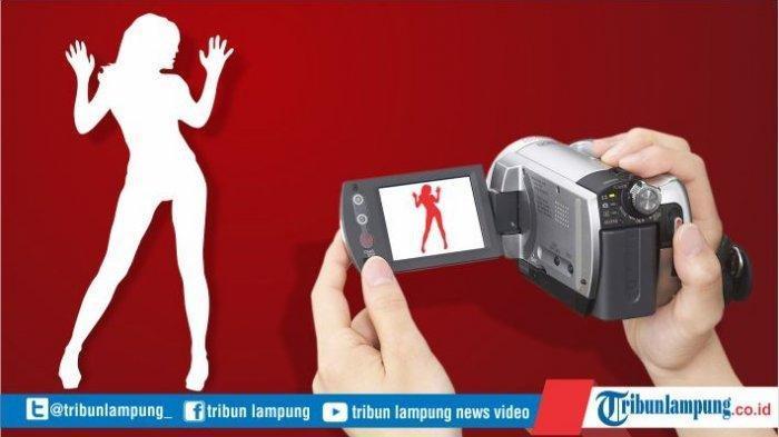 Wanita Muda Pasrah Layani Nafsu Bejat Pria Kenalan dari Facebook karena Foto Syur