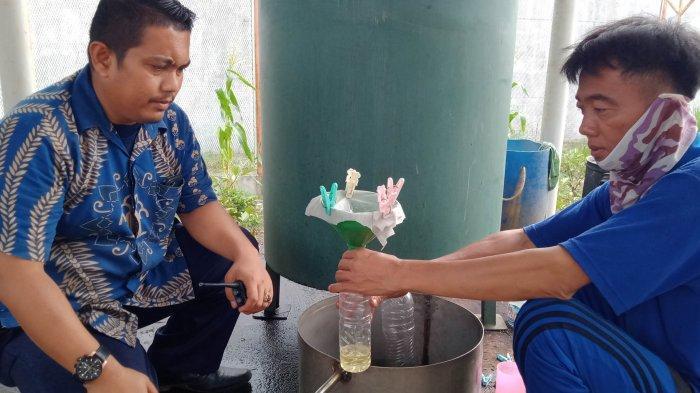 Cerita Warga Binaan di Lapas Gunung Sugih Produksi Minyak Daun Sereh Merah Beromzet Jutaan