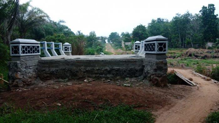 Warga Keluhkan Jembatan di Desa Jayasakti, Mesuji Belum Berfungsi