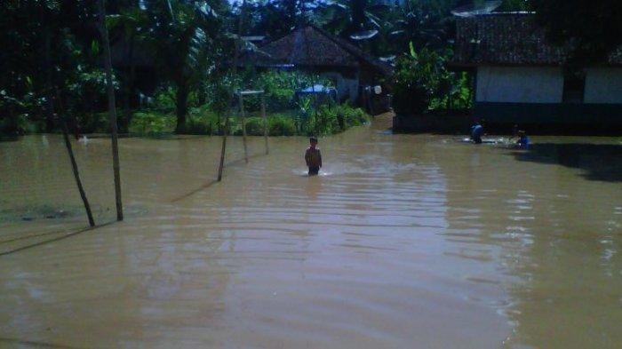 Waspada Banjir dan Tanah Longsor Selama Sepekan Kedepan di Lampung Utara