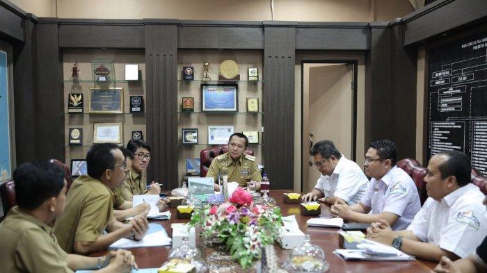 Gubernur Ridho Pasang Strategi