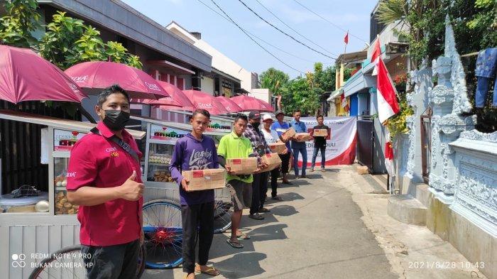 CEDEA Peduli Serahkan Bantuan 600 Paket Sembako kepada Pedagang dan UMKM