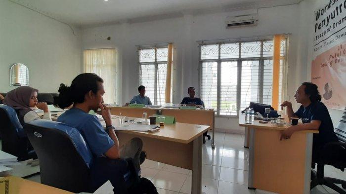Jelang Festival Dramatic Reading, Dewan Kesenian Lampung Gelar Workshop Penyutradaan