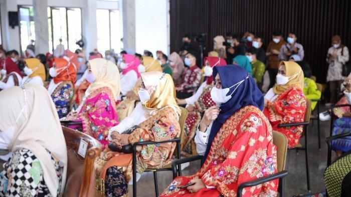 Hadiri Workshop UMKM, Ketua Dekranas Pesisir Barat Ajak Perajin Manfaatkan Pandemi sebagai Peluang