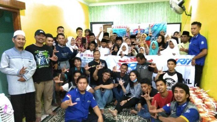 YRFI Lampung Berbagi Kebahagiaan Bersama Kaum Dhuafa
