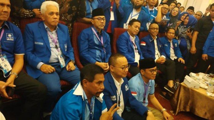Kronologi Kericuhan Kongres PAN di Balik Terpilihnya Kembali Zulkifli Hasan