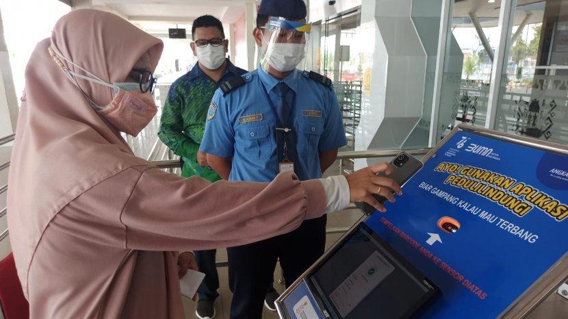 bandara-radin-inten-ii-validasi-dokumen-kesehatan.jpg