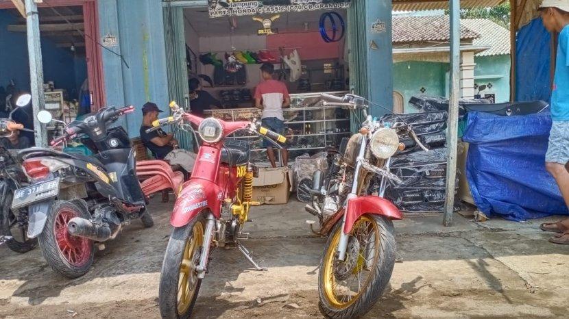 motor-klasik-di-ariel-garage-lampung.jpg
