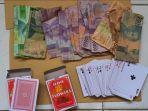 4-warga-lampung-timur-dibekuk-polisi-saat-bermain-judi-kartu.jpg