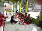 anggota-koramil-410-06kdt-laksanakan-kegiatan-manunggal-sholat-subuh-berjamaah.jpg