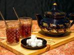 arti-mimpi-memasak-teh.jpg