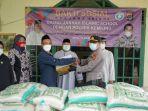 baitul-jannah-islamic-school-bersama-kapolsek-kemiling-mengadakan-kegiatan-bakti-sosial.jpg