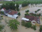 banjir-di-margorejo_20180223_122059.jpg