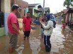 banjir-sempat-merendam-dua-rt-di-gang-karawang-garuntang.jpg