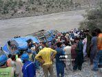 bus-di-pakistan-meledak-12-orang-meninggal-dunia.jpg