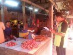 daging-sapi-di-pasar-kalianda_20170617_140144.jpg