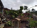 detik-detik-bencana-tanah-longsor-nganjuk-16-orang-belum-ditemukan-2-tewas-3-terluka.jpg
