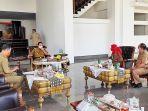 gubernur-arinal-djunaidi-menerima-kunjungan-wali-kota-eva-dwiana-dan-wakilnya-deddy-amarullah.jpg