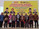 hadapi-tantangan-era-digital-uti-lampung-gelar-seminar-internasional-pembangunan-ekonomi.jpg